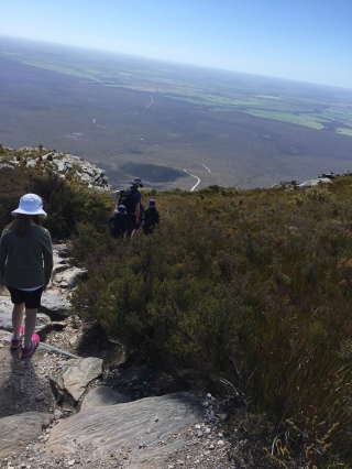 path-down-bluff-knoll
